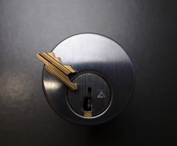 residential key extraction. Capital Locksmith Seattle